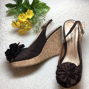CL By Laundry Brown floral peep toe wedge 8 1/2